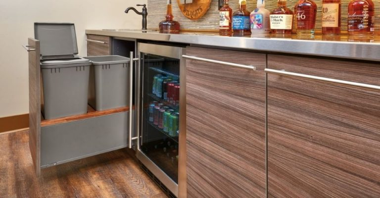 Best Pull Out Trash Cans For Kitchens, Kitchen Cabinet Trash Can Dimensions